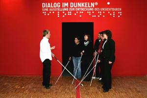 DialogMuseum Frankfurt - Eine Tour durch die Dunkelheit