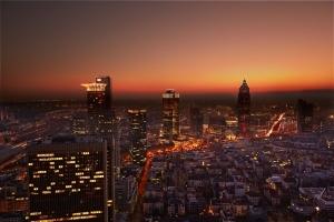 Top of Frankfurt: Architektur- & Street-Photography-Workshop - Auf den Dächern des TRIANON, des Wyndham Grand Frankfurt & im Bahnhofsviertel
