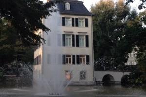 Das Holzhausenviertel - Zwischen Landhäusern, Villen & prächtigen Gärten