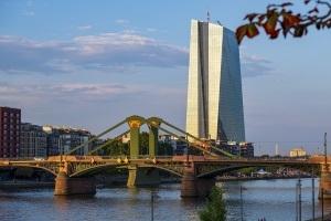 Neue Kontraste der Industriekultur - Großmarkthalle, EZB & der Hafen im Wandel der Zeit