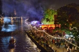 Museumsuferfest Party-Package - Übernachtung für Zwei im Leonardo Royal Hotel Frankfurt inkl. Extras
