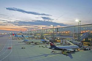 Flughafen & Co.